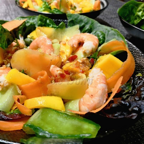 Salade de crevettes à la mangue verte